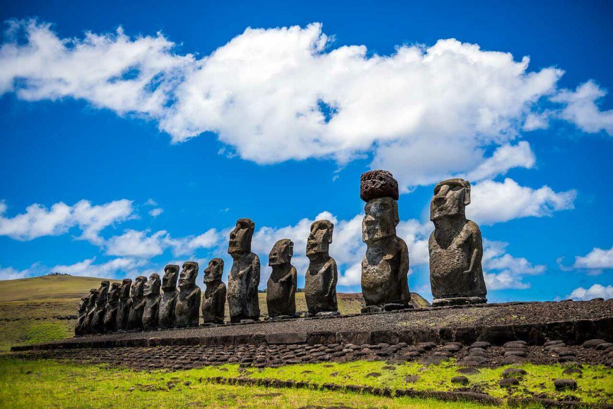 Easter Island - Rapa Nui Moai statues