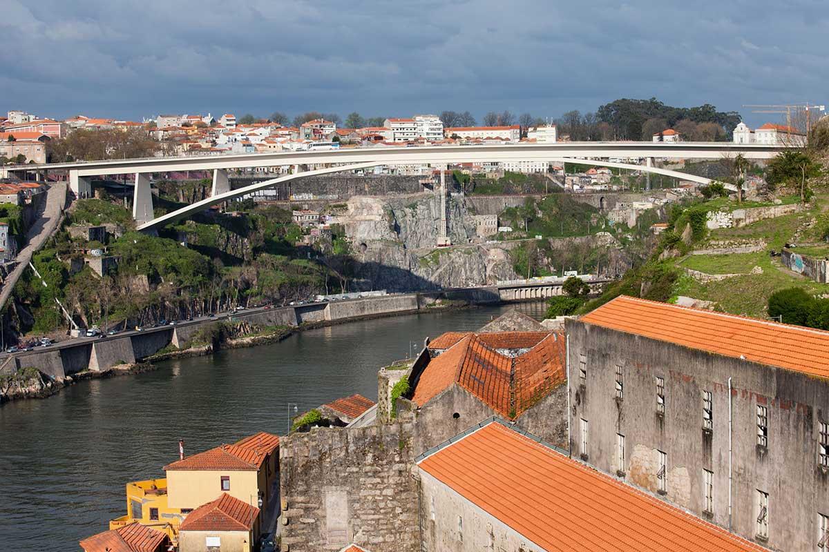 Infante D. Henrique Bridge, Porto, Portugal