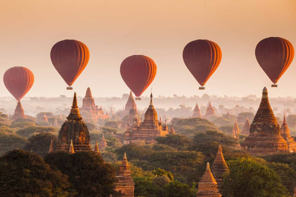 Hot air balloons over Ragan in Myanmar