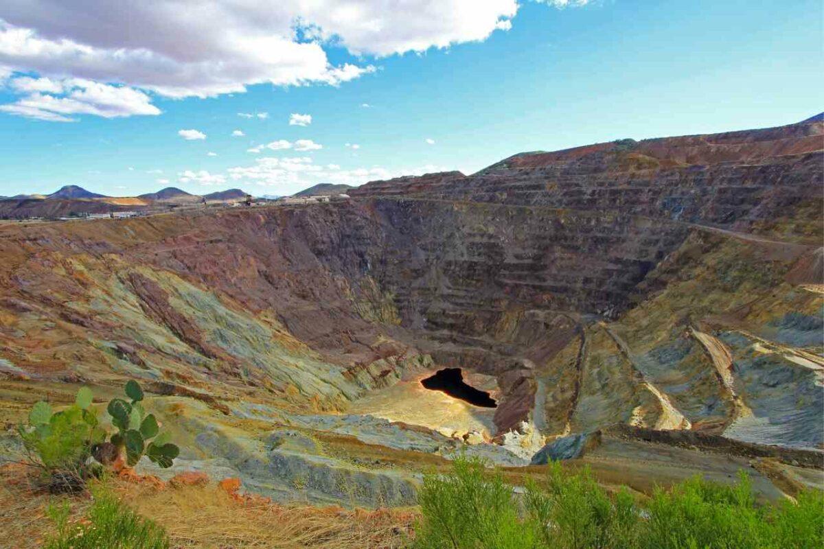 Lavender Open Pit Copper Mine, Bisbee, Arizona, tourist attractions in Arizona