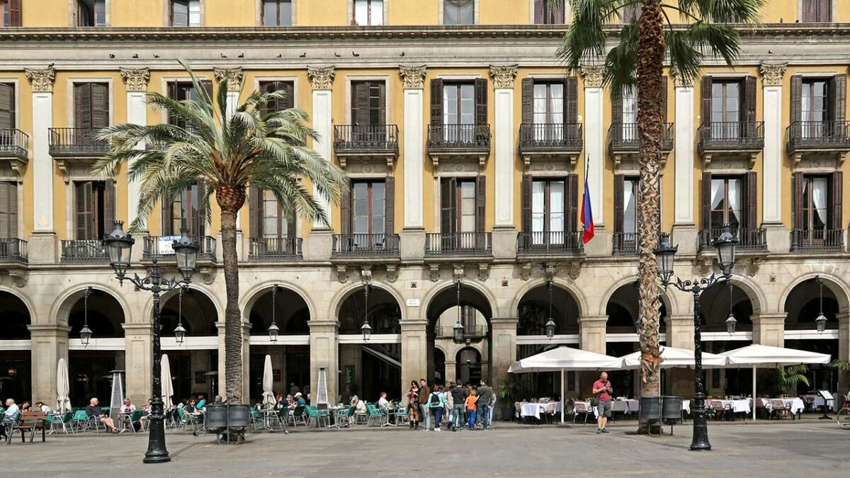 Plaza Reial, Barcelona, Spain