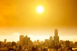How the Summer Heat May Affect Your Travel