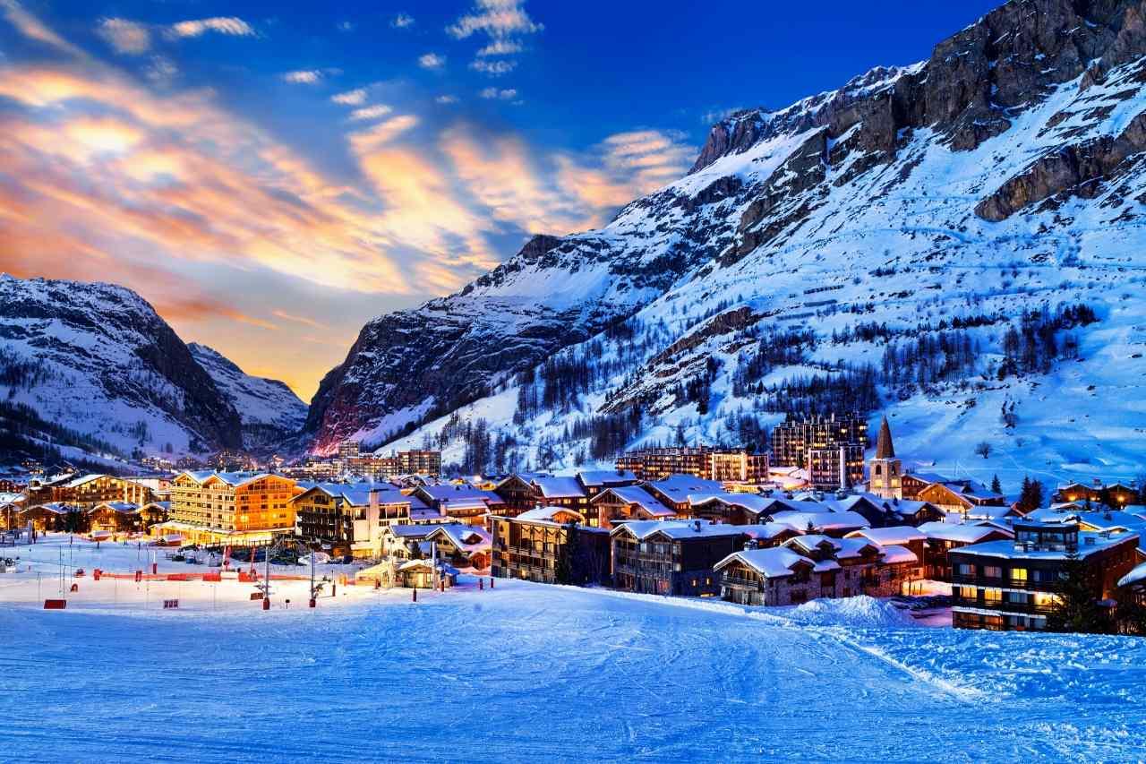 Five Star Luxury Ski Chalet Breaks in France