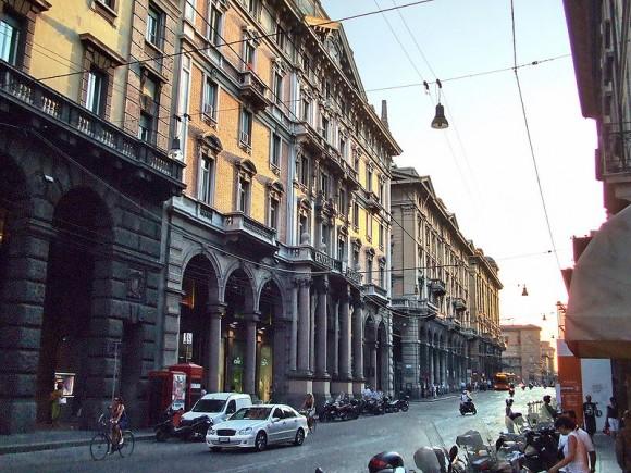 Via Rizzoli, Bologna, Italy